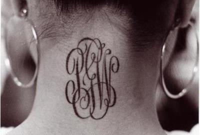 35 эффектных тату на шее в виде надписей